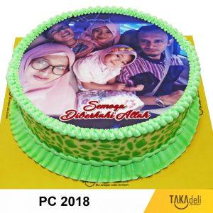 photo cake keluarga warna hijau